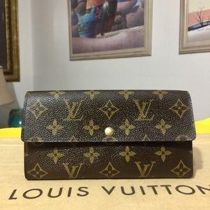 Louis Vuitton Monogram Bifold Sarah Wallet